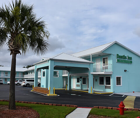 Welcome to Destin Inn & Suites in Destin, FL